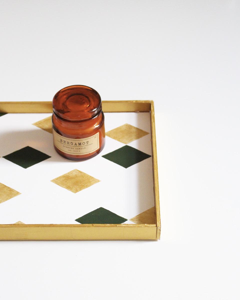 Un plateau géométrique