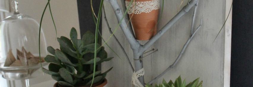 Une branche porte-plantes DIY