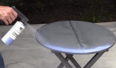 Redécorer une table décorative